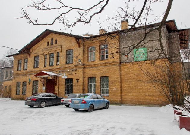 Фото «Институтский переулок, дом 5, главный корпус приюта-лечебницы Евреиновой» автора Дмитрия Ратникова